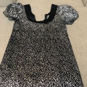 Going out? This dress is perfect!